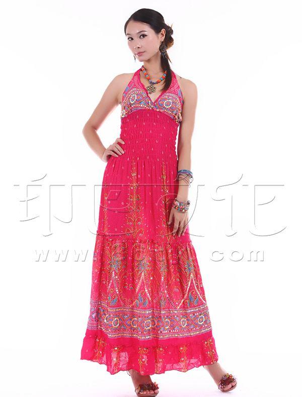 时尚高雅吊带裙